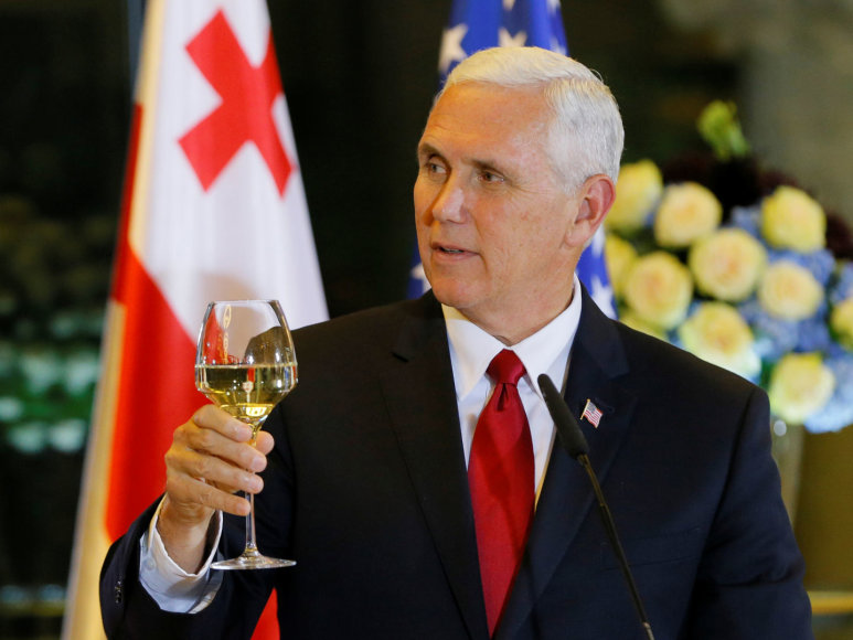 Mike'as Pence'as Tbilisyje