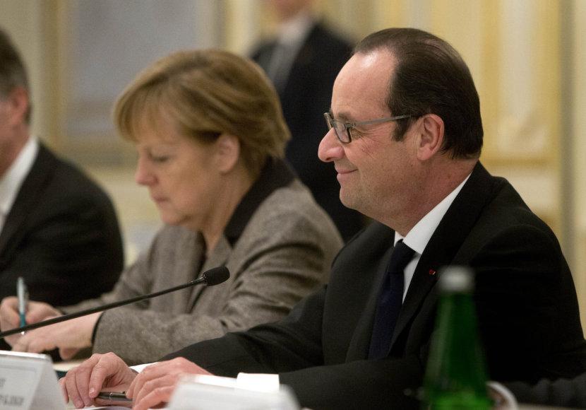 Kijeve aptarti taikos plano susitiko Angela Merkel, Francoise Hollande'as ir Petro Porošenka 2015 m. vasario 05 d.