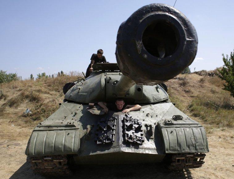 Ukrainos kariai artėja Donecko link