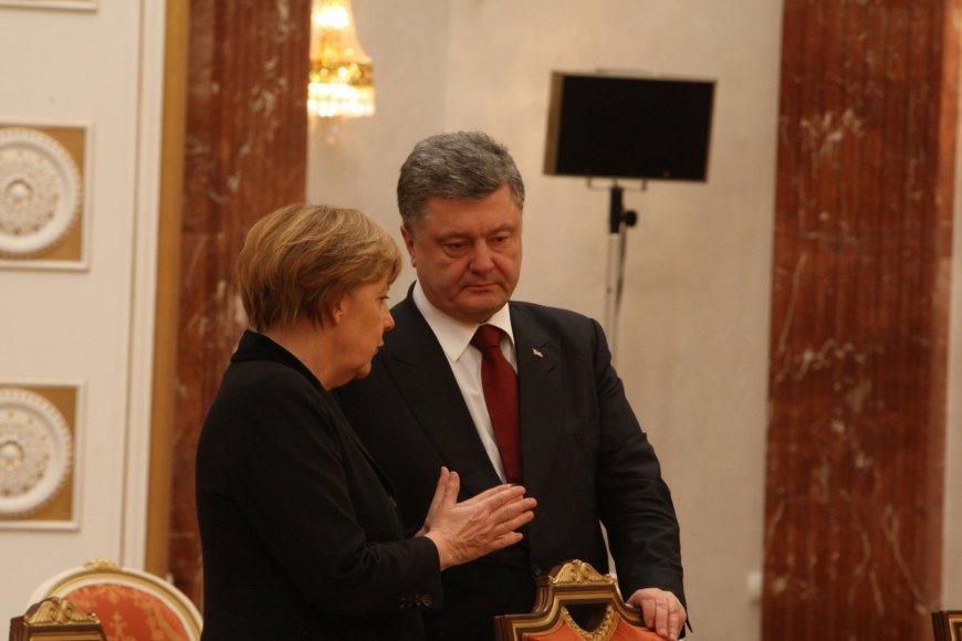 Vokietijos kanclerė Angela Merkel ir Ukrainos prezidentas Petro Porošenka