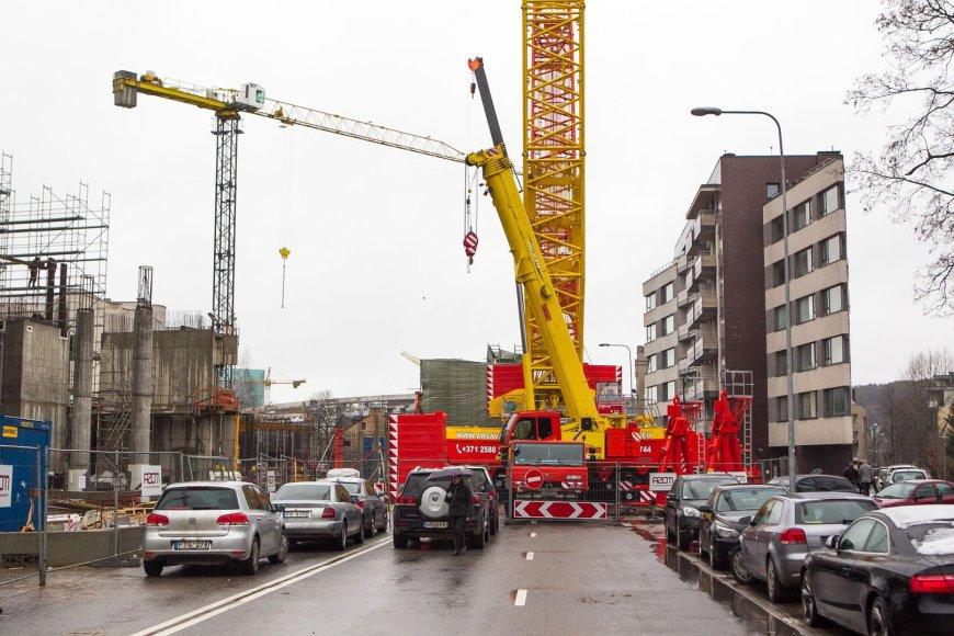 Dėl verslo komplekso statybų uždaryta sostinės Lvovo gatvė.