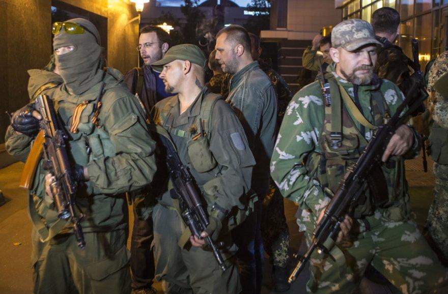 Vadinamieji savanoriai iš Rusijos Ukrainoje kariauja tik už pinigus