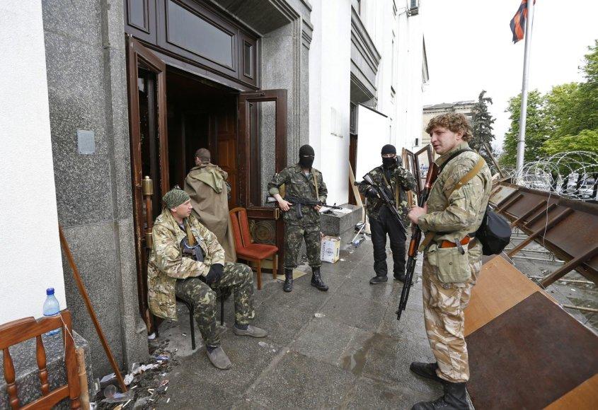 Ginkluoti prorusiški separatistai Luhanske