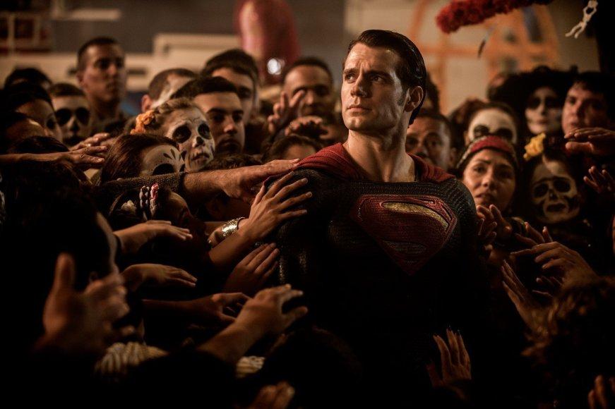 """Kadras iš filmo/Henry Cavillas filme """"Betmenas prieš Supermeną: teisingumo aušra"""""""