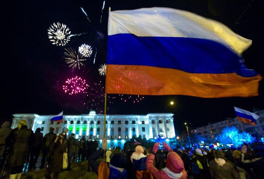 Kryme rusai džiaugiasi neteisėto referendumo išankstiniais rezultatais