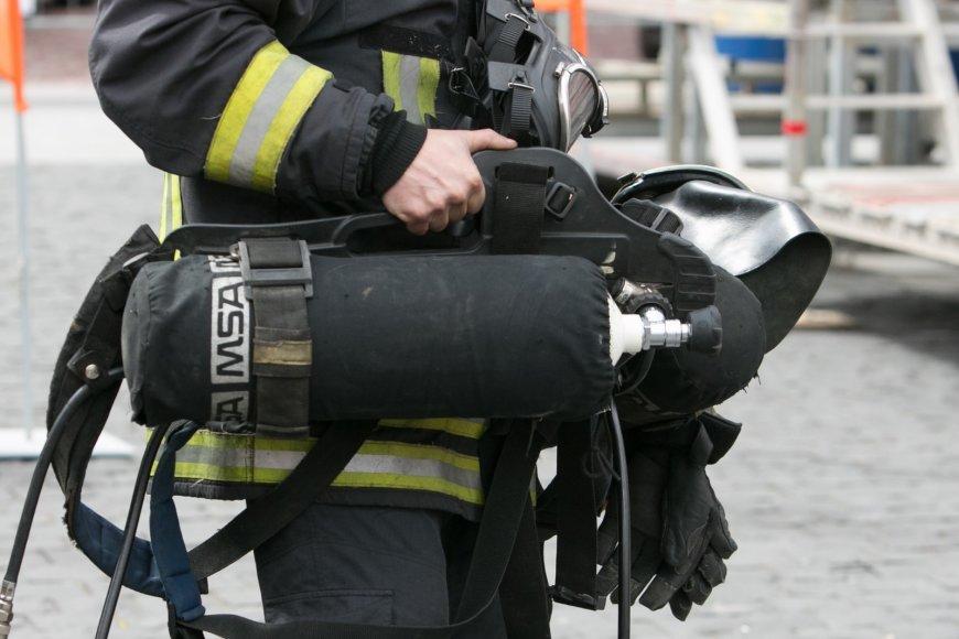 Stipriausio ugniagesio gelbėtojo varžybos