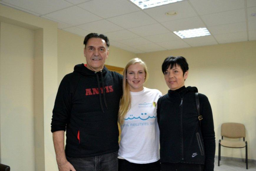 Algirdas Kaušpėdas su žmona ir Rūta Meilutyte