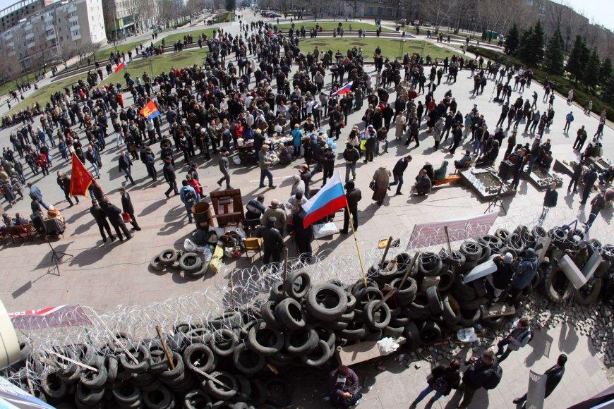 Prorusiški protestuotojai Donecke