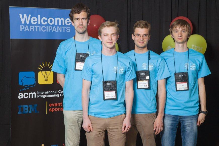 KTU programuotojų komanda