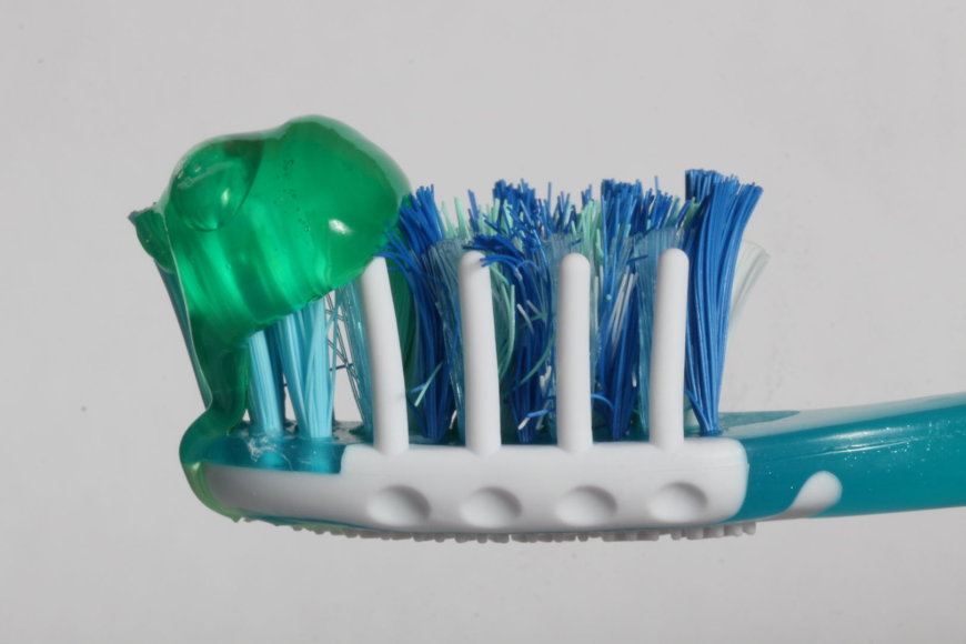 Kaip išsirinkti dantų šepetėlį?