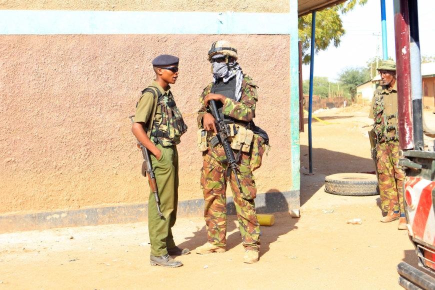 Kenijos policininkas ir karininkas