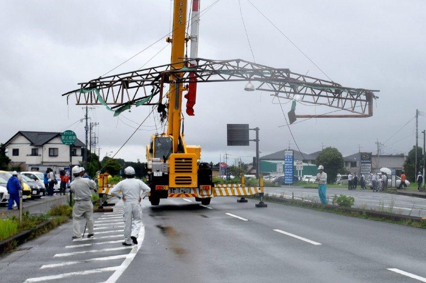 """Taifūnas """"Nanmadol"""" Japonijoje"""