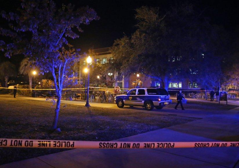 Floridos universitėte per šaudynės sužeisti trys žmonės