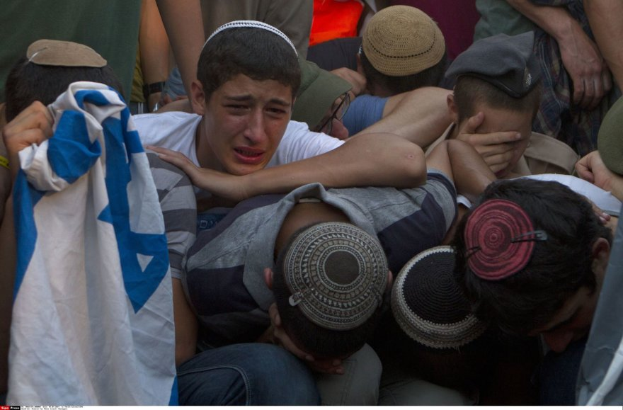 Izraelyje gedima nužudytų trijų jaunuolių