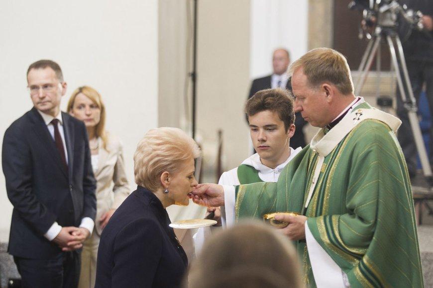 Dalios Grybauskaitės inauguracijai skirtos iškilmingos šv. Mišios.