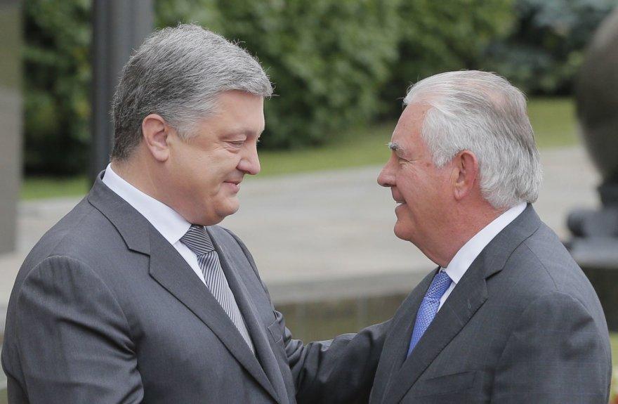 P.Porošenka Kijeve priėmė R.Tillersoną