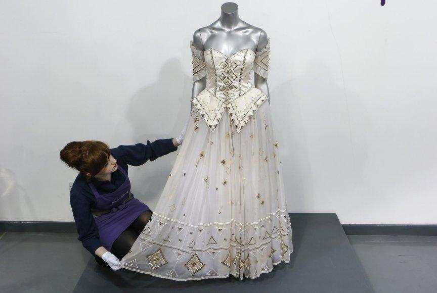 princesės Dianos suknelė