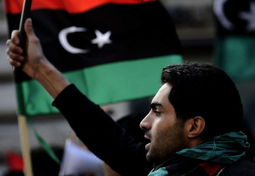 Libijos opozicijos rėmėjas per 2011 m. protestus prieš Muamaro Kadhafio režimą