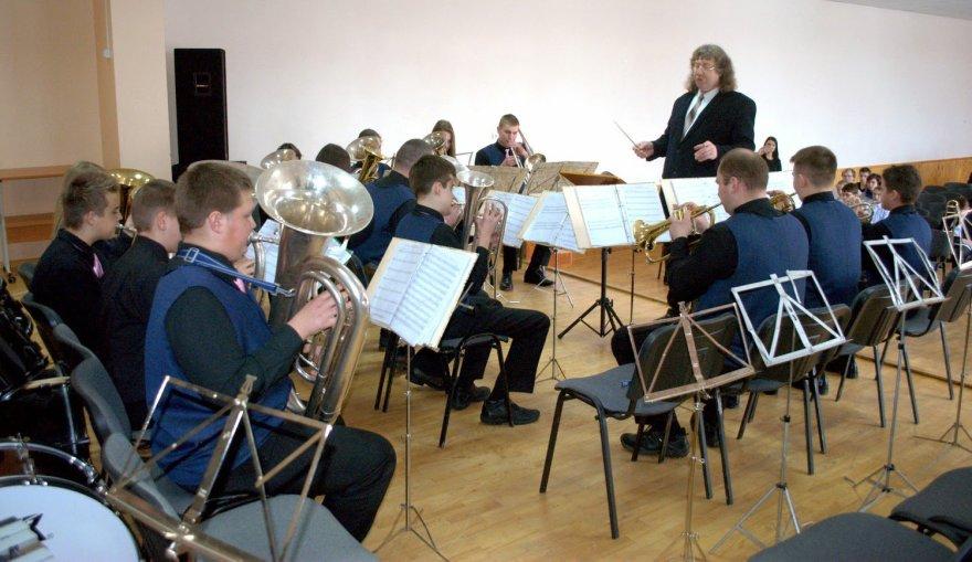 Šeduvoje startavo XV-asis pučiamųjų instrumentų orkestrų čempionatas