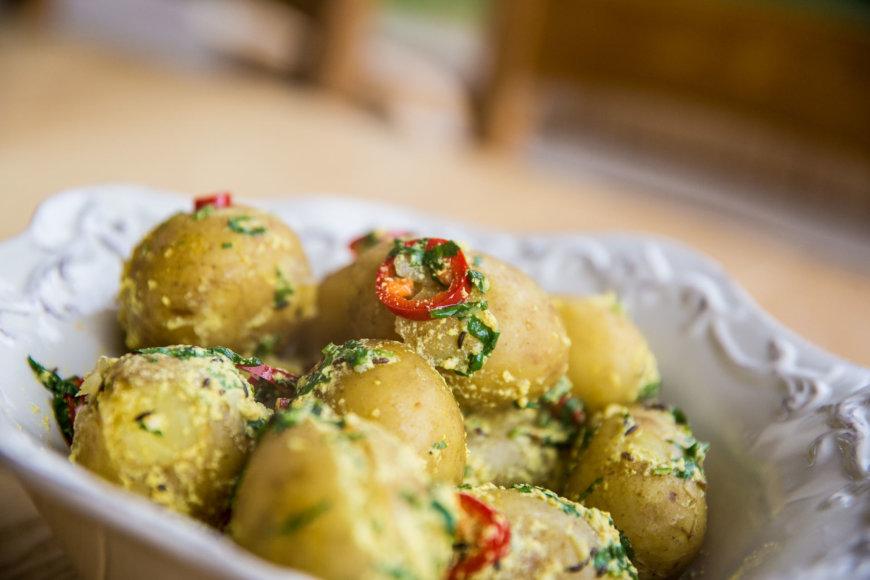 Bulvės indiškai