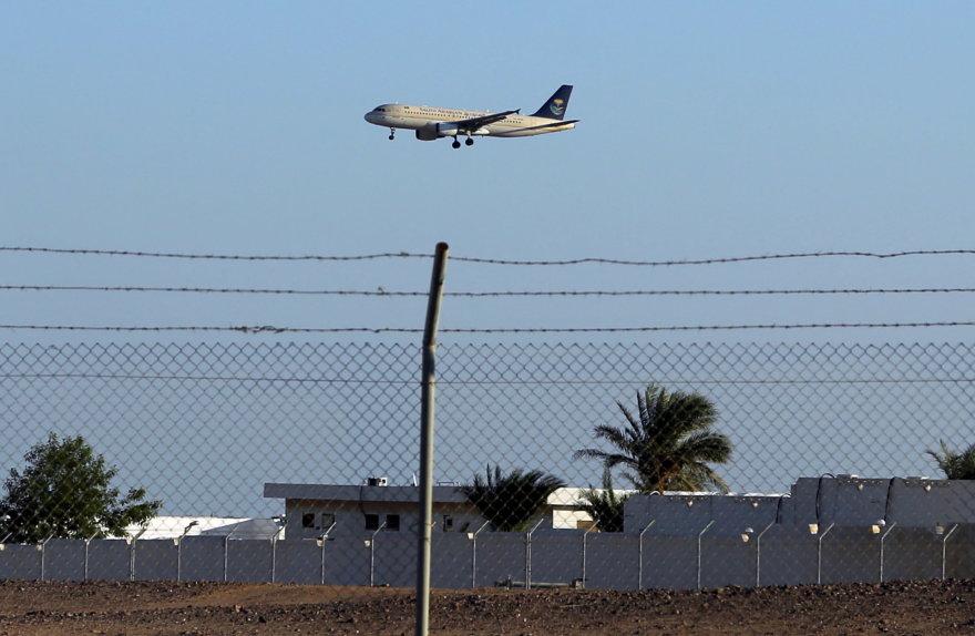 """Aviakompanijos """"Saudi Arabian Airlines"""" lėktuvas"""