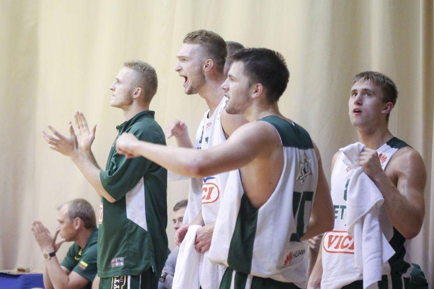 Lietuvos dvidešimtmečių krepšinio rinktinė žaidžia su Lietuvos studentų rinktine