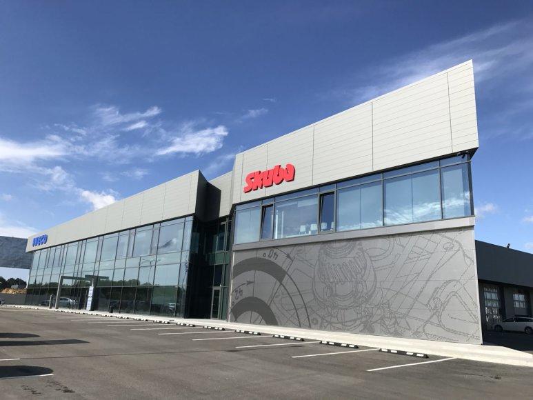 """Naujas """"Skubos"""" autocentras Kaune"""