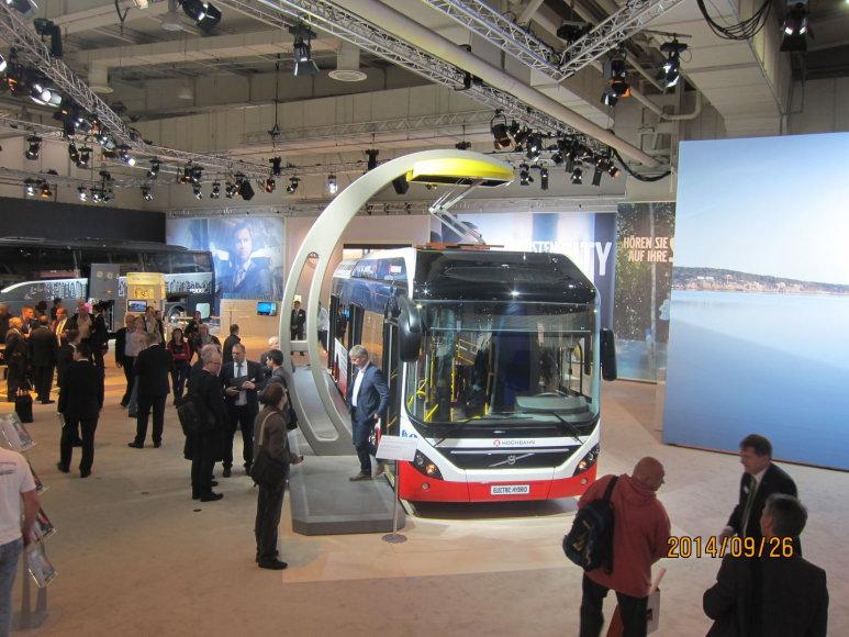 """""""Kauno autobusų""""atstovai parodose domėjosi naujomis technologijomis"""
