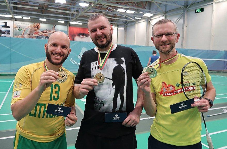 Prizininkai (iš kairės): Romanas Buršteinas, Maksimas Vojevodinas ir Edgaras Maslauskas