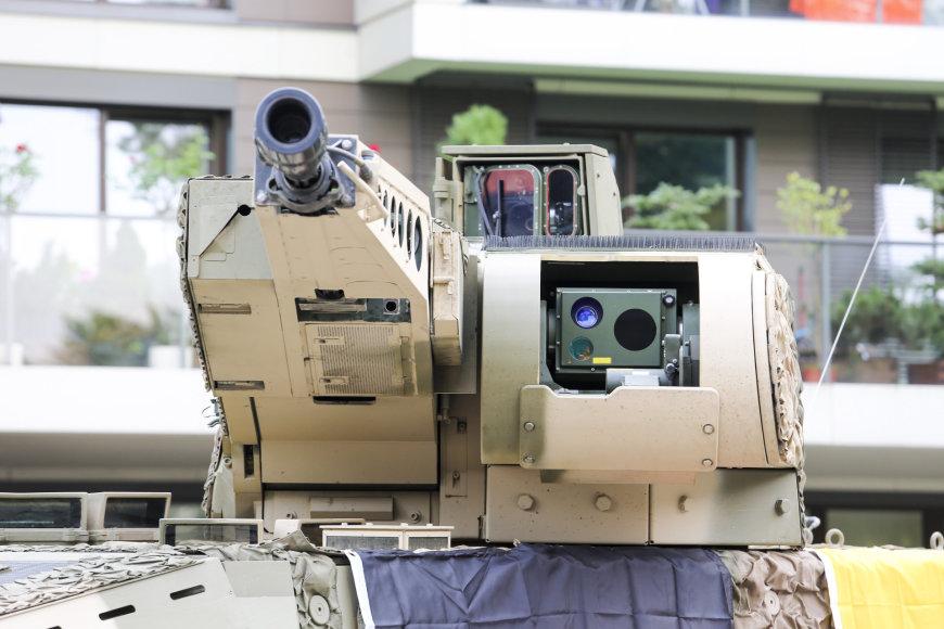 """Pėstininkų kovos mašinų """"Boxer"""" gamintojų Industrinė diena"""