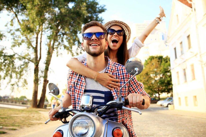 """""""Tez Tour"""" nuotr. /Po Bulgariją populiaru pakeliauti išsinuomotu motoroleriu ar motociklu."""