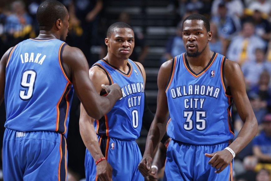 """""""Thunder"""" lyderių trio – Serge'as Ibaka, Russellas Westbrookas ir Kevinas Durantas"""