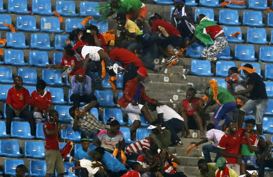 Per Afrikos futbolo čempionato pusfinalį Pusiaujo Gvinėjos sirgaliai stadione sukėlė riaušes