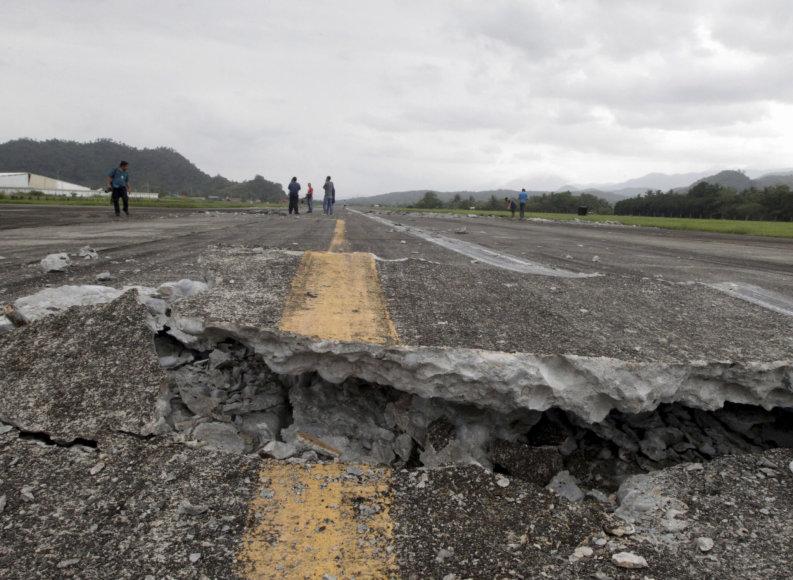 Filipinus supurtė stiprūs požeminiai smūgiai