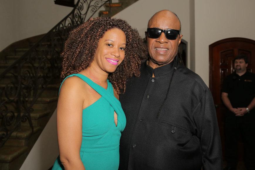Stevie Wonderis ir Tomeeka Robyn Bracy