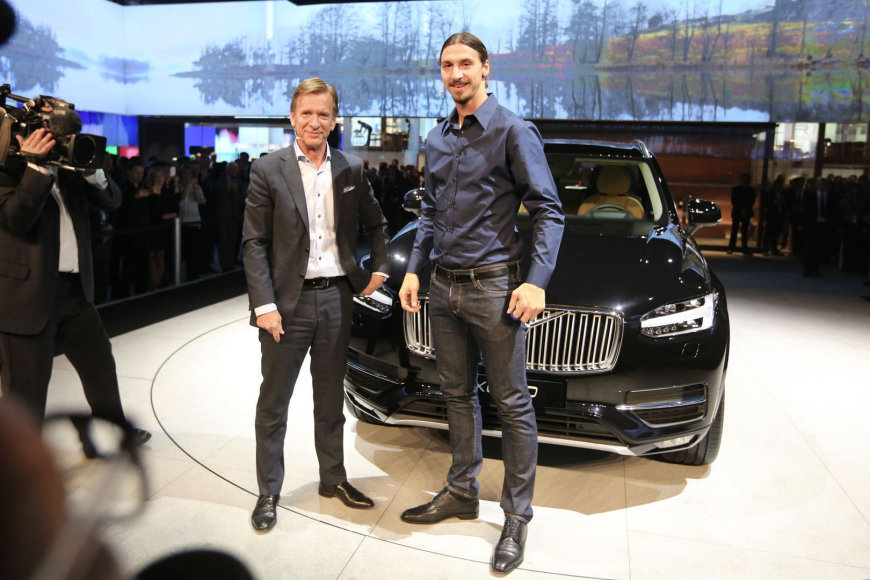 """""""Volvo XC90"""" raktelių įteikimas Zlatanui Ibrahimovičiui"""