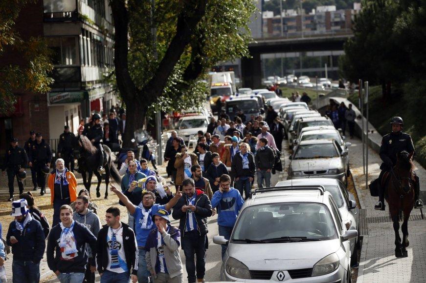 """Policija Madride lydi """"Deportivo"""" sirgalius"""