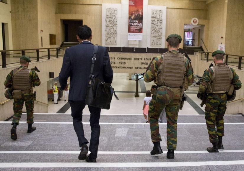 Briuselyje trečiadienio rytą patruliavo kariškiai