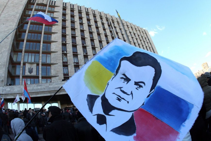 Plakatas su Viktoro Janukovyčiaus atvaizdu