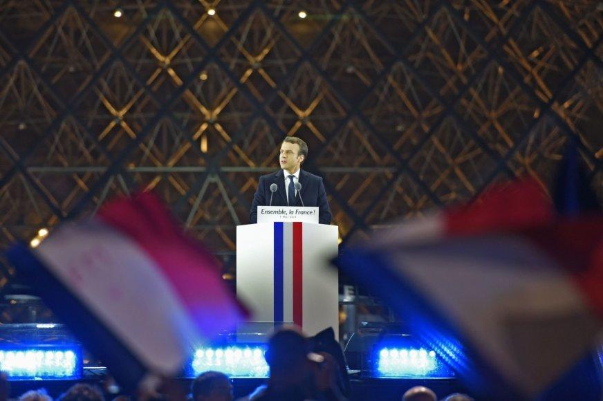 Naujuoju prezidentu tapo Emmanuelis Macronas
