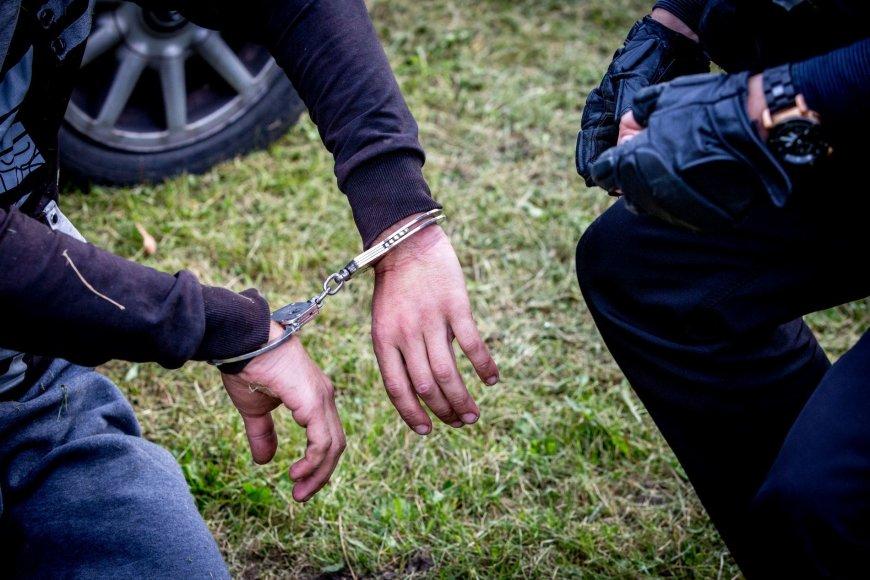 Narkotikų platintojų sulaikymas