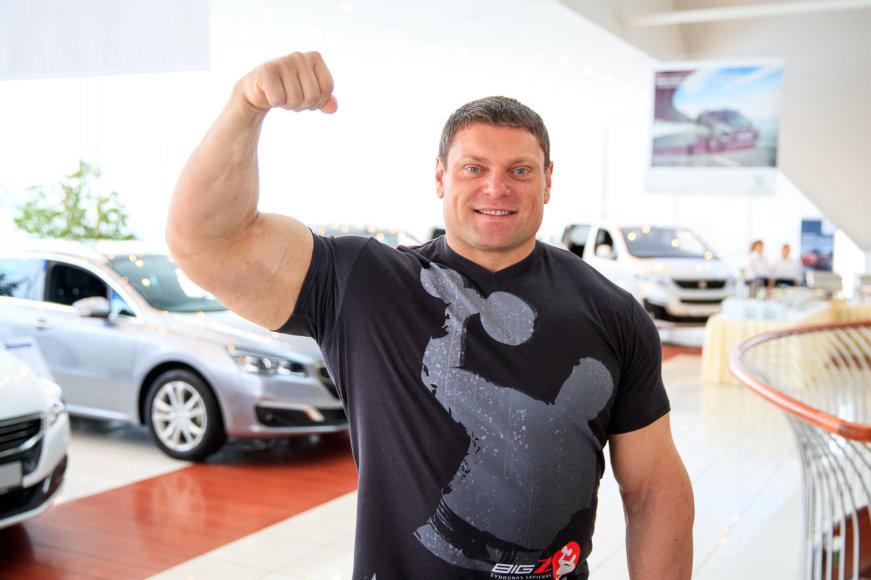 "Žydrūnas Savickas tapo nauju ""Peugeot"" veidu"