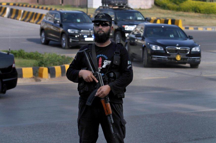 Policijos pareigūnas Pakistane