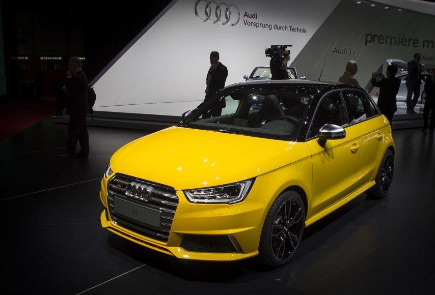 """""""Audi"""" stendas Ženevoje"""