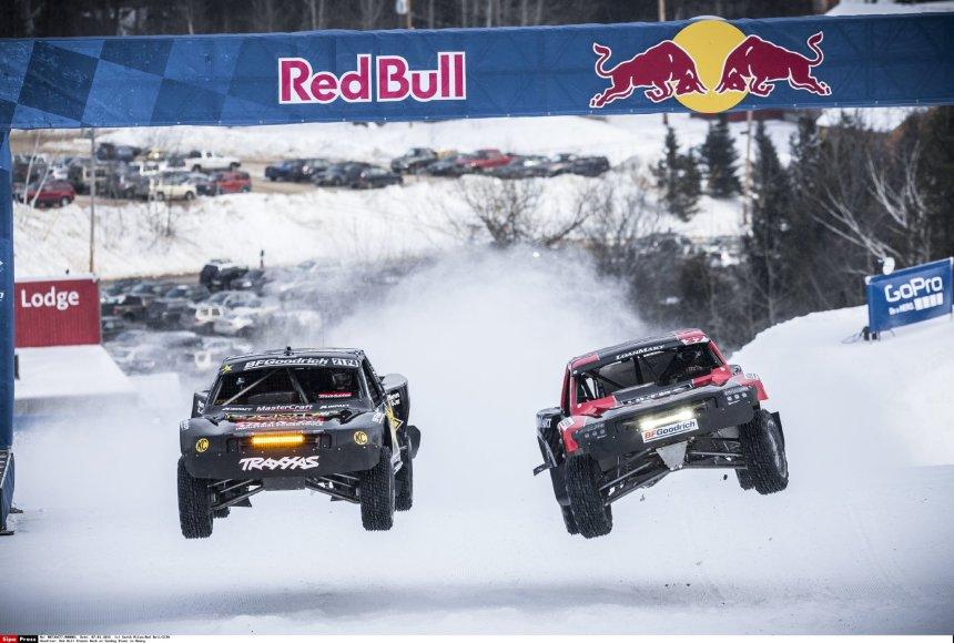 """""""Red Bull"""" rengiamos """"Frozen Rush"""" visureigių lenktynės"""