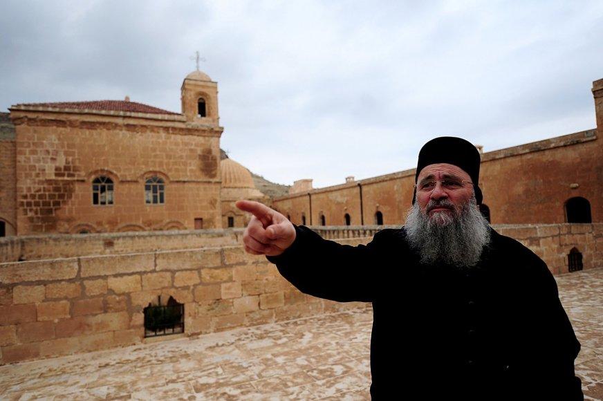 Krikščionių asirų dvasininkas pietryčių Turkijos mieste Mardine