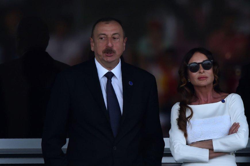 Ilhamas Aliyevas ir Mehriban Aliyeva