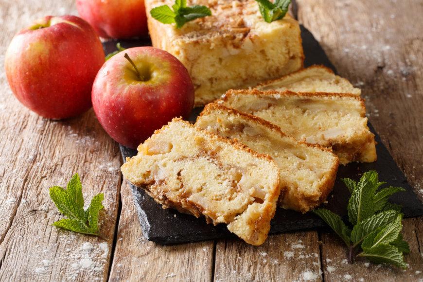 Obuolių pyragas su prieskoniais