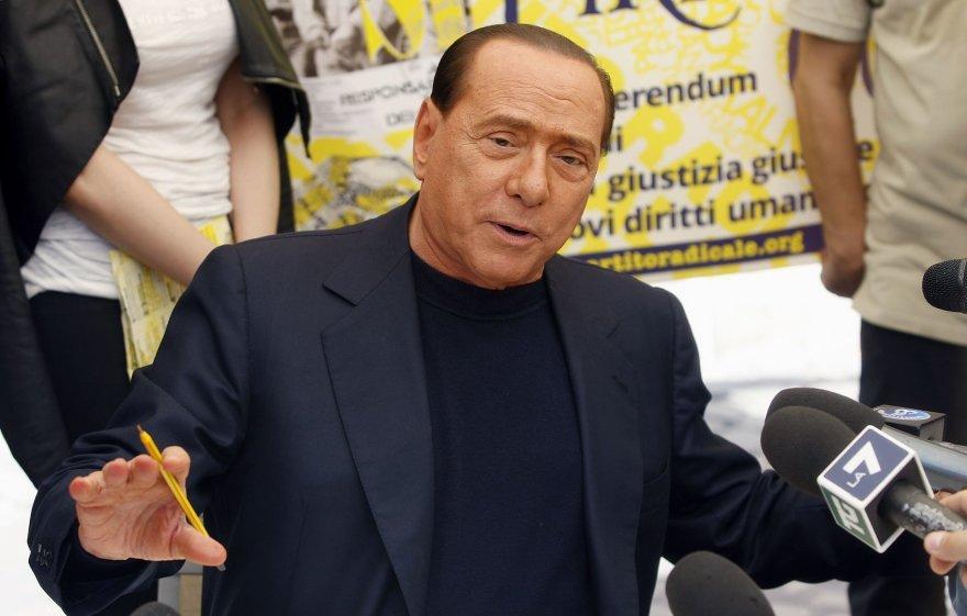 Silvio Berlusconi švenčia 77-ąjį gimtadienį