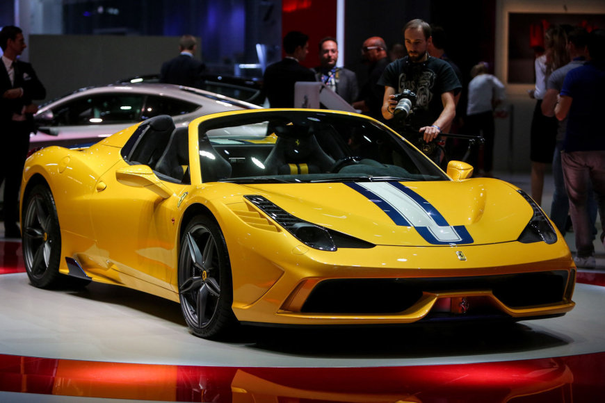 """Ferrari"" kabrioletas ""458 Speciale"""